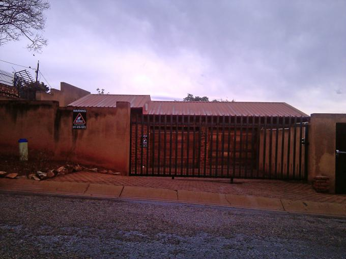 Standard Bank EasySell 3 Bedroom House for Sale For Sale in Kloofendal - MR038872