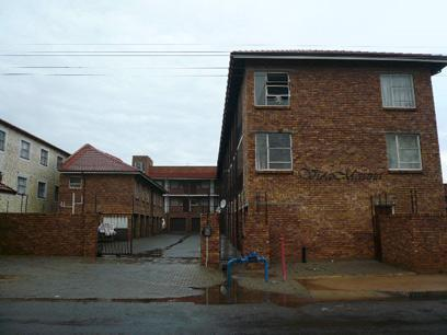 Standard Bank EasySell 2 Bedroom Simplex for Sale For Sale in Kempton Park - MR039063