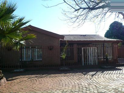 Standard Bank EasySell 3 Bedroom House for Sale For Sale in East Lynne - MR039216