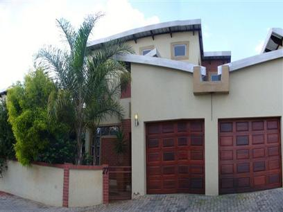 3 Bedroom Duplex for Sale For Sale in Die Hoewes - Home Sell - MR039325
