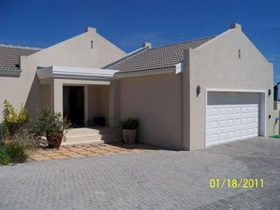 3 Bedroom House for Sale For Sale in Somerset West - Private Sale - MR039543