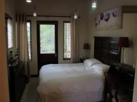 Main Bedroom - 12 square meters of property in Fourways
