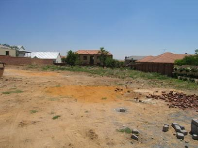 Land for Sale For Sale in Silver Lakes Golf Estate - Private Sale - MR04042