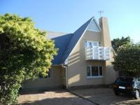 4 Bedroom 1 Bathroom in Cape Town Centre