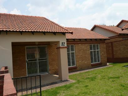 2 Bedroom Simplex For Sale in Midrand Estates - Home Sell - MR04187