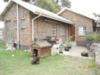 3 Bedroom 1 Bathroom in Humewood