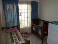 Bed Room 1 - 13 square meters of property in Amberfield