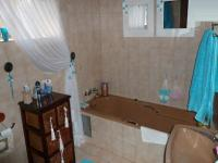 Bathroom 1 - 8 square meters of property in Moreletapark