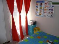 Bed Room 1 - 10 square meters of property in Sinoville
