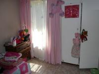 Bed Room 2 - 12 square meters of property in Sinoville