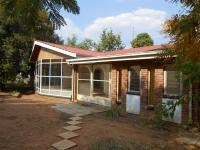 4 Bedroom 2 Bathroom in Bela-Bela (Warmbad)