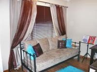 Bed Room 1 - 9 square meters of property in Honeydew