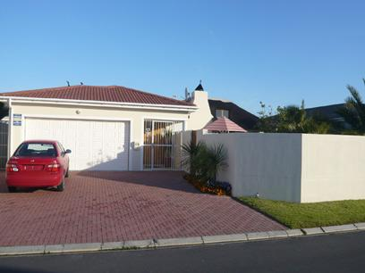 3 Bedroom House for Sale For Sale in Parklands - Home Sell - MR04276