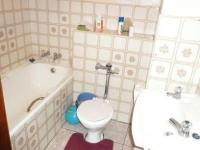 Bathroom 1 - 5 square meters of property in Sunnyside