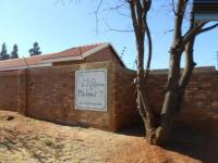 2 Bedroom 1 Bathroom in Rensburg