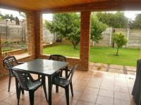 Patio - 18 square meters of property in Krugersdorp