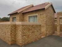 2 Bedroom 1 Bathroom Simplex for Sale for sale in Randfontein
