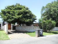 3 Bedroom 1 Bathroom in Sophiatown