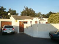2 Bedroom 1 Bathroom House for Sale for sale in Edgemead