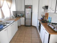Kitchen - 11 square meters of property in Pinetown