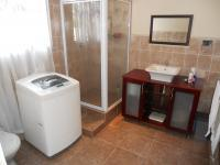 Main Bathroom - 8 square meters of property in Pinetown