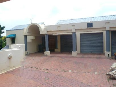 Standard Bank Repossessed 6 Bedroom House for Sale For Sale in Waterkloof Heights - MR04449