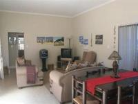 Lounges - 24 square meters of property in Hermanus