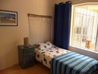 Bed Room 1 - 8 square meters of property in Hout Bay