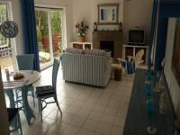 Lounges - 32 square meters of property in Hout Bay
