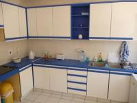 Kitchen - 10 square meters of property in Hout Bay