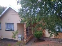 3 Bedroom 1 Bathroom in Bloemfontein