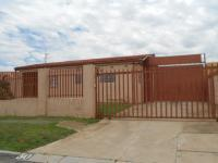 4 Bedroom 2 Bathroom in Johannesburg Central