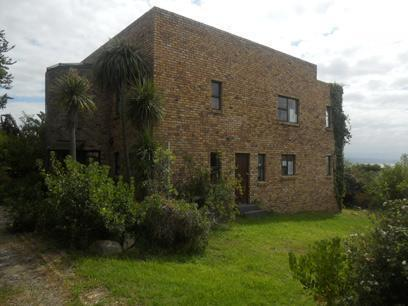 Absa Repossessed 3 Bedroom House For Sale in Plettenberg Bay - MR048728