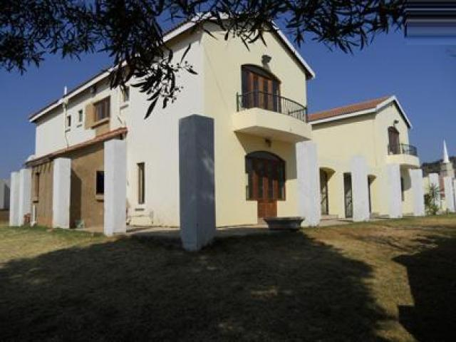 Standard Bank Repossessed 7 Bedroom House for Sale For Sale in Olympus - MR048859