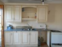 Kitchen - 43 square meters of property in Olympus