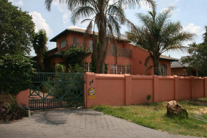 Standard Bank EasySell 3 Bedroom Cluster for Sale For Sale in Highveld - MR048923