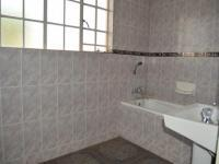 Main Bathroom of property in Highveld