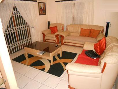 Standard Bank EasySell 3 Bedroom House for Sale For Sale in Kenilworth - CPT - MR048926