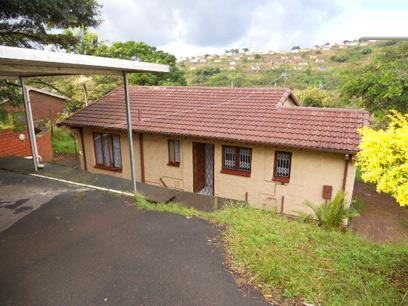 Standard Bank EasySell 2 Bedroom House for Sale in Queensburgh - MR048938