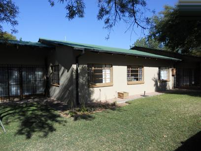 Standard Bank EasySell 3 Bedroom House for Sale in Modimolle (Nylstroom) - MR048941