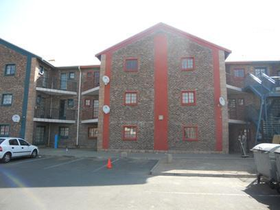 Standard Bank EasySell 1 Bedroom Simplex For Sale in Bloemfontein - MR048959