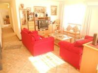 Lounges - 17 square meters of property in Meyerton