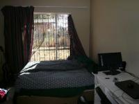 Main Bedroom - 18 square meters of property in Garsfontein