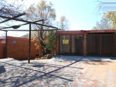 Absa Repossessed 5 Bedroom House For Sale in Mondeor - MR049575
