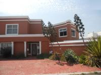 6 Bedroom 6 Bathroom in Milnerton