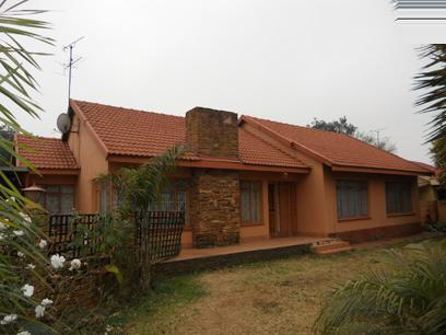 Standard Bank EasySell 3 Bedroom House for Sale For Sale in Rhodesfield - MR050482