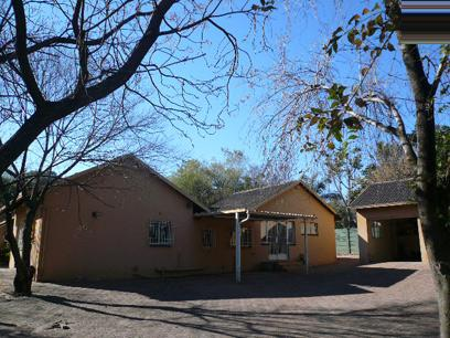 Standard Bank EasySell House For Sale in Fourways - MR050630