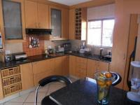 Kitchen - 17 square meters of property in Alberton