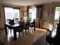 Dining Room - 23 square meters of property in Edgemead