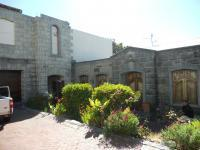 3 Bedroom 1 Bathroom in Rondebosch